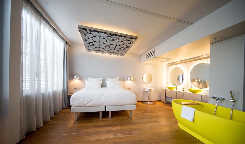 Suite hôtel flottant modulaire OFF Paris Seine